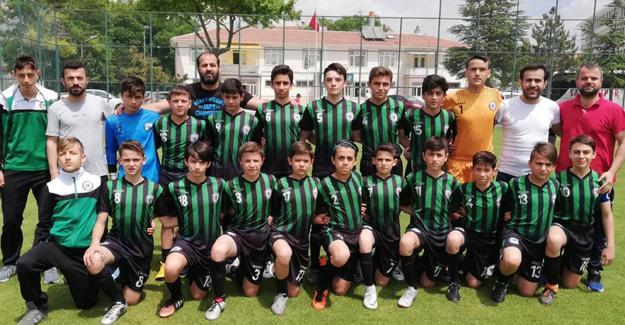 Gençlik Merkezi Türkiye'de son 4 takım arasında