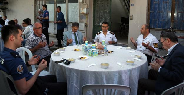 Başkan Alemdar şehit ailesinin iftarına katıldı