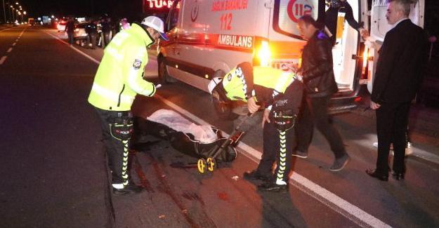 Otomobilin çarptığı yaşlı adam kurtarılamadı
