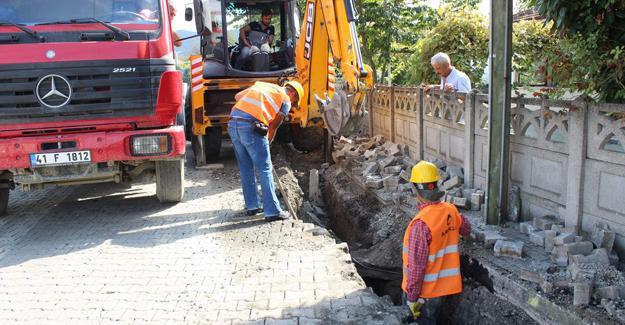 Arifiye'de üç mahallede doğalgaz çalışması başladı