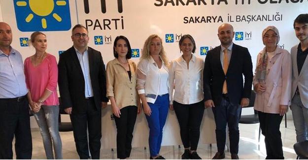 Ünler'den İYİ Parti il teşkilatına ziyaret