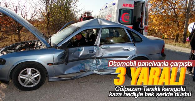 Otomobil panelvanla çarpıştı: 3 yaralı