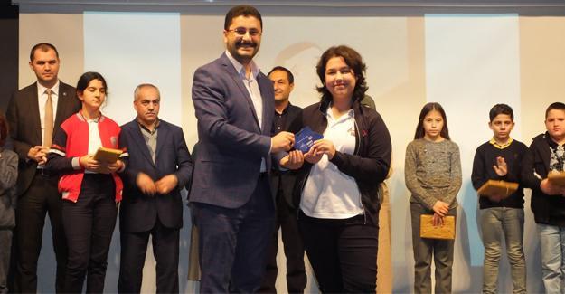 'Çizimlerle 40 Hadis' yarışması ödül töreni yapıldı