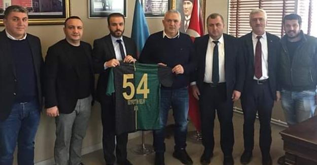 Selim'den Sakaryaspor'a 61 bin TL'lik destek