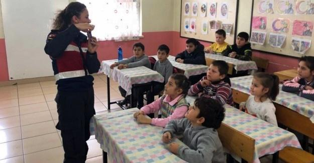 Jandarma 15 bin öğrenciye trafik eğitimi verecek