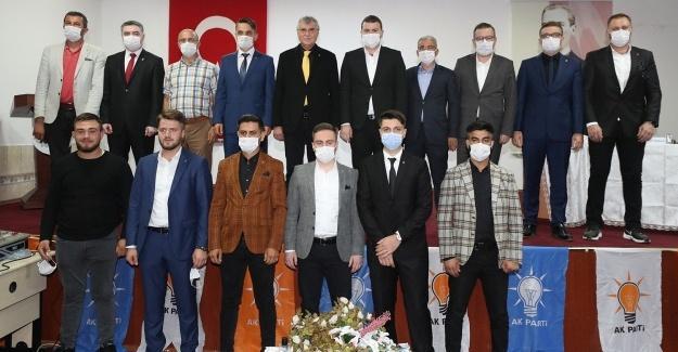 AK Parti Karapürçek İlçe Gençlik Kongresi yapıldı