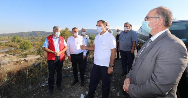 Vali Kaldırım Mollaköy'de incelemelerde bulundu