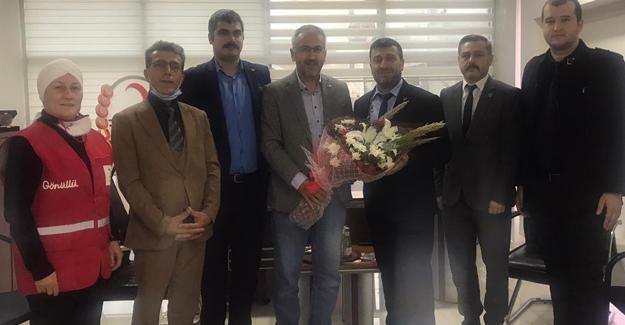 BBP'den Sakarya Kızılay'a ziyaret