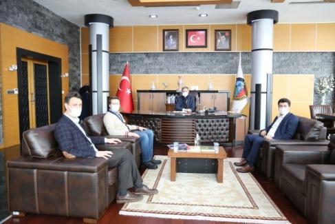 Rektör Sarıbıyık'tan Başkan Alemdar'a ziyaret