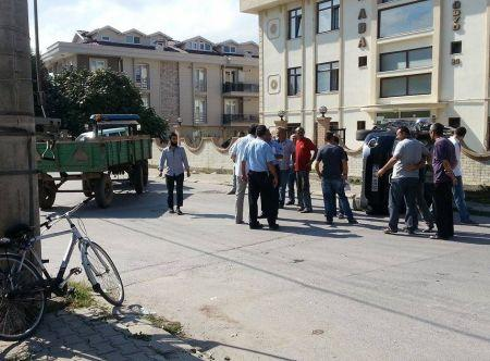 Traktör otomobile çarptı: 1 yaralı