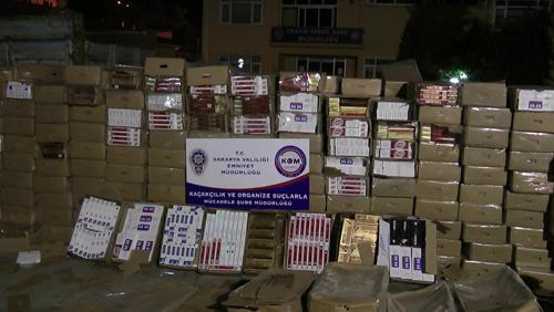 KOM ekipleri 24 bin paket kaçak sigara ele geçirdi