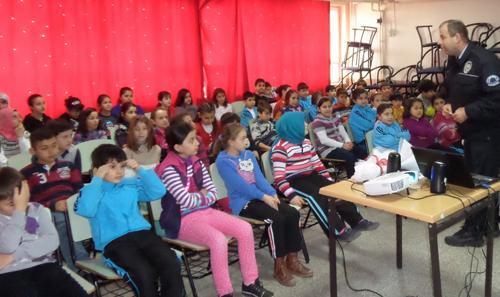Bekir Sıtkı Durgun'da trafik semineri