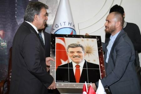 Abdullah Gül'e seramik tablo