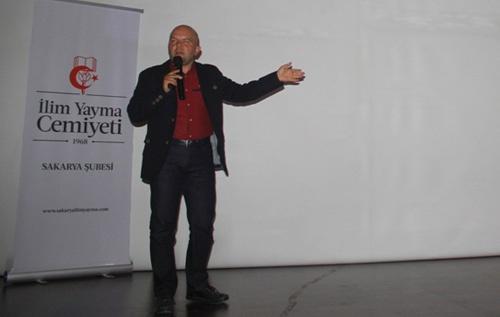 "İYC'den ""Mukaddes belde Medine"" konferansı"