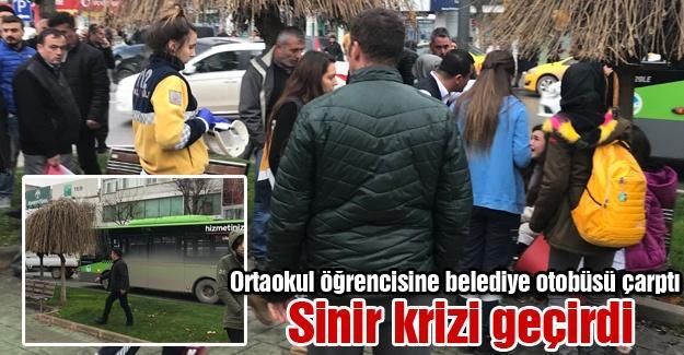Ortaokul öğrencisine belediye otobüsü çarptı