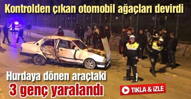 Hurdaya dönen araçtaki 3 genç yaralandı