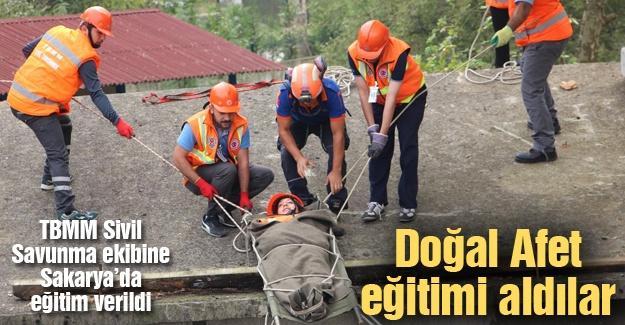 TBMM Sivil Savunma ekibine Sakarya'da eğitim verildi