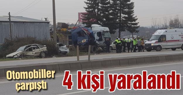 Otomobiller çarpıştı! 4 kişi yaralandı