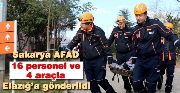 Sakarya AFAD'dan 16 personel ve 4 araç Elazığ'a gönderildi