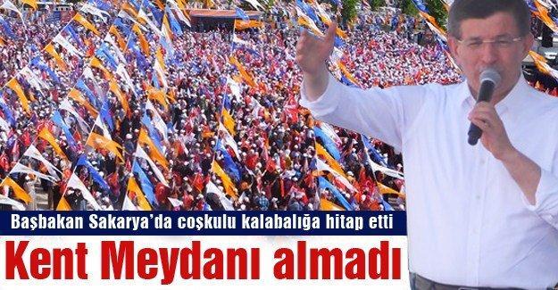 Başbakan Sakarya'da coşkulu kalabalığa hitap etti