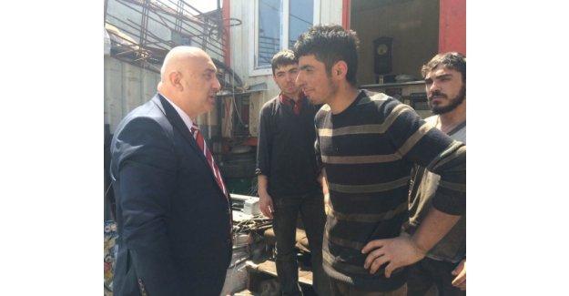 Engin Özkoç Atatürk Sanayi Sitesi esnafını ziyaret etti