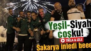 Sakaryaspor'un şampiyonluğu böyle kutlandı!